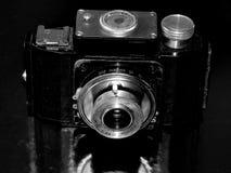 Rússia samara 30 de abril de 2017 A empresa velha da câmera do filme da mudança em uma imagem retro Fotos de Stock