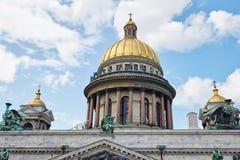 Rússia, St Petersburg, a catedral de Isaac, 07 14 2015 foto de stock royalty free