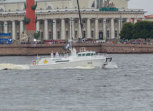 Rússia, St Petersburg, o 30 de julho de 2017 - almirantes a bordo insensibilizados Imagem de Stock Royalty Free