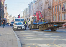 Rússia, St Petersburg, 3 pode 2017 - a polícia evacuou foto de stock