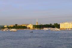 Rússia, St Petersburg, rio de Neva, Foto de Stock Royalty Free
