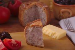 Fatia rústica da torta de carne de porco Fotos de Stock