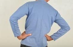 Rückenschmerzen in den Männern lizenzfreies stockfoto