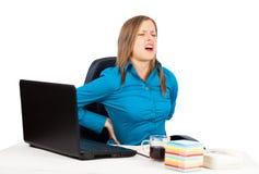 Rückenschmerzen vom Sitzen Stockfotos