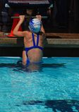 Rückenschwimmen-Schwimmer Lizenzfreie Stockfotografie