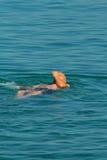 Rückseite der Mannschwimmens ein Lizenzfreie Stockbilder