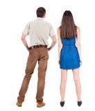 Rückseitige Ansicht der jungen Paare Lizenzfreie Stockfotografie