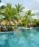 Rücksortierung in Costa Rica mit Pool Stockbilder