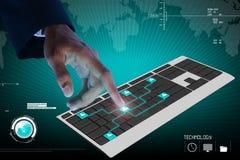Rührende digitale Tastatur der Geschäftsperson Stockbild