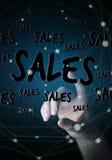 Rührende Verkaufsikonen der Geschäftsfrau mit ihrer Wiedergabe des Fingers 3D Stockfotos