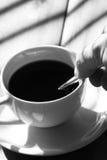 Rührender Kaffee B Lizenzfreies Stockfoto