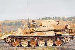Rüstungswiederaufnahme- und -evakuierungsfahrzeug BREM-1M Stockbild