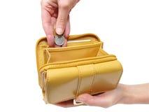 ręce przycinanie ścieżki portfel. Obraz Royalty Free