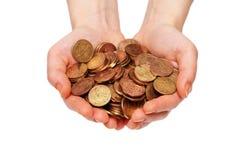ręce trzymać monet wyizolował white wielu Obraz Stock