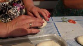 Ręczna metoda narządzania ciasta produkty zbiory wideo