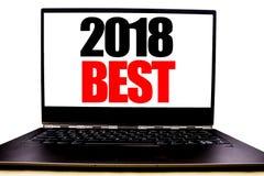 Ręcznie pisany tekst pokazuje 2018 Najlepszy Biznesowego pojęcia writing dla wyboru przeglądu Pisać na monitoru przodu ekranie, b Zdjęcie Stock
