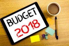 Ręcznie pisany teksta podpisu seansu budżet 2018 Biznesowy pojęcia writing dla gospodarstwa domowego budżetuje księgowości planow Zdjęcie Stock