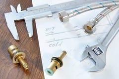 Ręk narzędzia i dodatkowe części dla dostawy wody Zdjęcia Stock