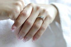 ręk pierścionków target484_1_ Obraz Stock