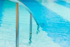 ręka basen ostro protestować dopłynięcie Zdjęcia Royalty Free