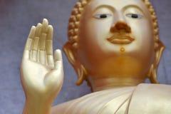 Ręka Buddha W Buddyjskiej świątyni w Tajlandia Fotografia Stock