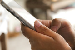 Ręka chwyt mądrze telefon Obraz Stock