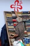 Ręka księgarz zdjęcie stock