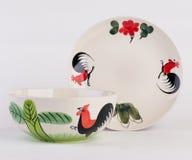 Ręka malujący zupny puchar, ceramiczny naczynie i fotografia stock
