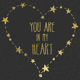 Ręka rysująca karta z złocistej folii sercem Zdjęcie Royalty Free