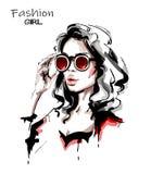 Ręka rysująca piękna młoda kobieta w okularach przeciwsłonecznych Elegancka elegancka dziewczyna moda portret kobiety ilustracja wektor