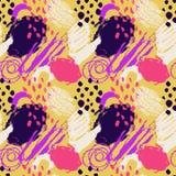 Ręka rysujący abstrakcjonistycznego grunge wektorowy bezszwowy wzór Tło malujący z atramentem Koloru żółtego różowy fiołkowy biał Obraz Stock