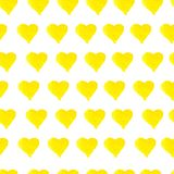 Ręka rysujący bezszwowy żółty akwareli serc wzór royalty ilustracja