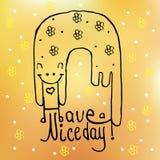 Ręka rysujący doodle kot z życzeniami ładny dzień na żółtym Pogodnym tle z kwiatami pocztówka trójnik koszula Fotografia Royalty Free