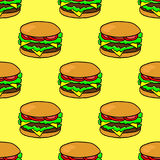 Ręka rysujący hamburger Bezszwowy wzór z doodle hamburgerem na żółtym tle Obrazy Royalty Free