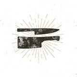 Ręka rysujący mięsnego cleaver i noża symbole Rocznika steakhouse symbol Letterpress skutek z sunbursts 10 tło projekta eps techn royalty ilustracja