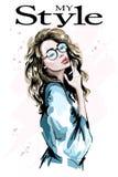 Ręka rysujący piękny młoda kobieta portret Śliczna blond kędzierzawego włosy dziewczyna pani mody royalty ilustracja