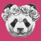 Ręka rysujący portret panda z różami ilustracja wektor