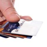 Ręka trzyma kredytowe karty zdjęcia royalty free