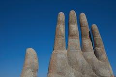 Ręka w pustyni zdjęcia stock