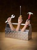 ręka wręcza toolbox toolkit narzędzia zdjęcie royalty free