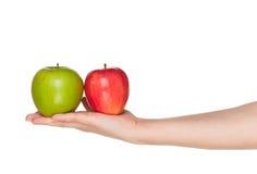 Ręka z jabłkiem Zdjęcia Royalty Free
