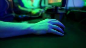 Ręka z komputerową myszą zbiory wideo