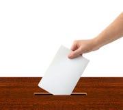 Ręka z tajnym głosowaniem i pudełkiem Zdjęcie Stock