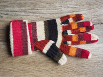 Rękawiczka na drewnianym tle fotografia royalty free