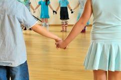 ręki łączą dzieciaków Fotografia Stock