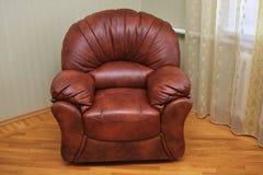 ręki krzesła skóra nowożytna Obrazy Royalty Free