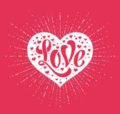 Ręki literowania miłość w białym sercu na czerwonym tle dla kartka z pozdrowieniami Handmade kaligrafia również zwrócić corel ilu Zdjęcia Royalty Free