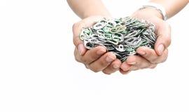 Ręki mienia aluminiowa nakrętka może lub ringowy ciągnienie puszka Obrazy Royalty Free