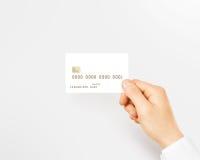 Ręki mienia kredytowej karty pusty biały mockup Fotografia Royalty Free