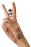 ręki mienia mężczyzna pokoju s znaka tubki próżnia Zdjęcie Royalty Free